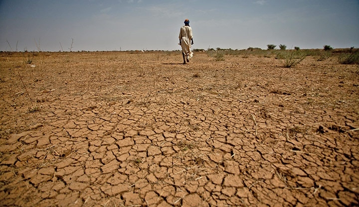 Arid soils in Mauritania (PHOTO: oxfam)