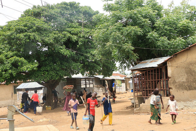 A view of community life in Iddo Saraki (PHOTO: Mimiola Olaoluwa)
